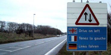De ce englezii conduc pe partea stanga?
