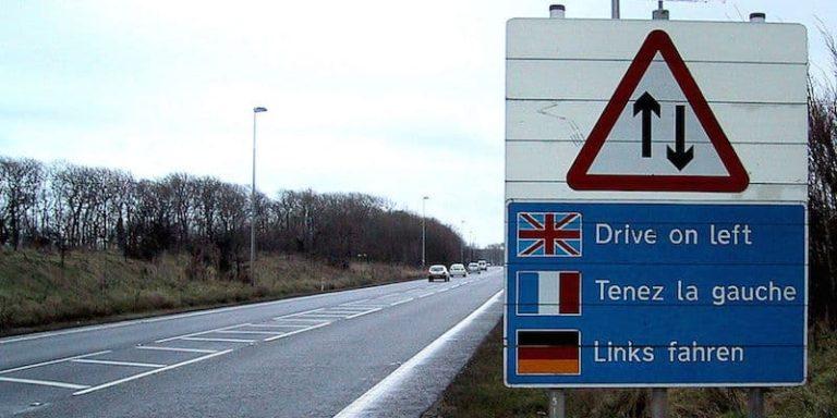 De ce conduc englezii pe partea stanga