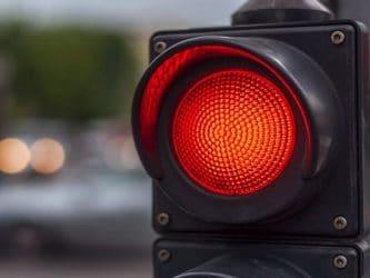Camerele pentru semafor si amenda daca ai trecut pe rosu in UK – tot ce trebuie sa sti