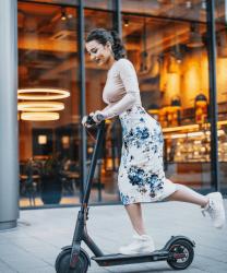 Legea privind scuterele electrice in UK – tot ce trebuie sa stii