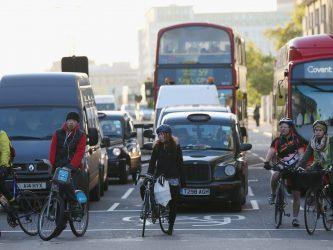 Reguli pentru biciclisti in UK – legi, echipament, manevre